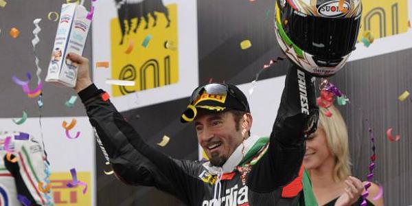 Max Biaggi si ritira: casco al chiodo per il campione in Superbike